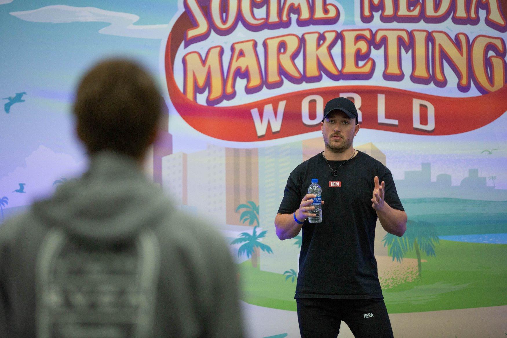 Dan Knowlton Social Media Marketing Speaker